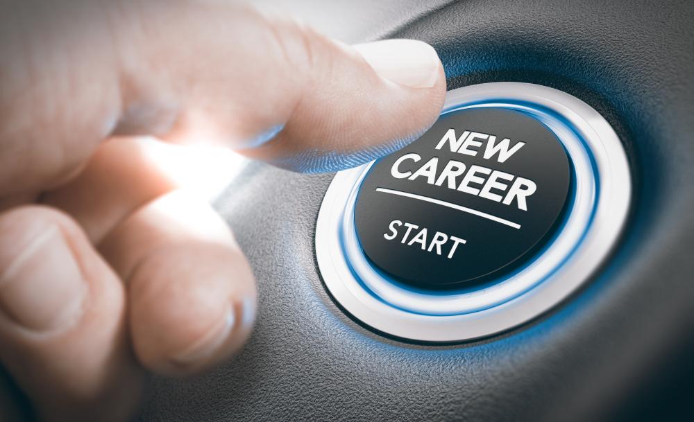Ayudamos a los Jóvenes con una nueva carrera