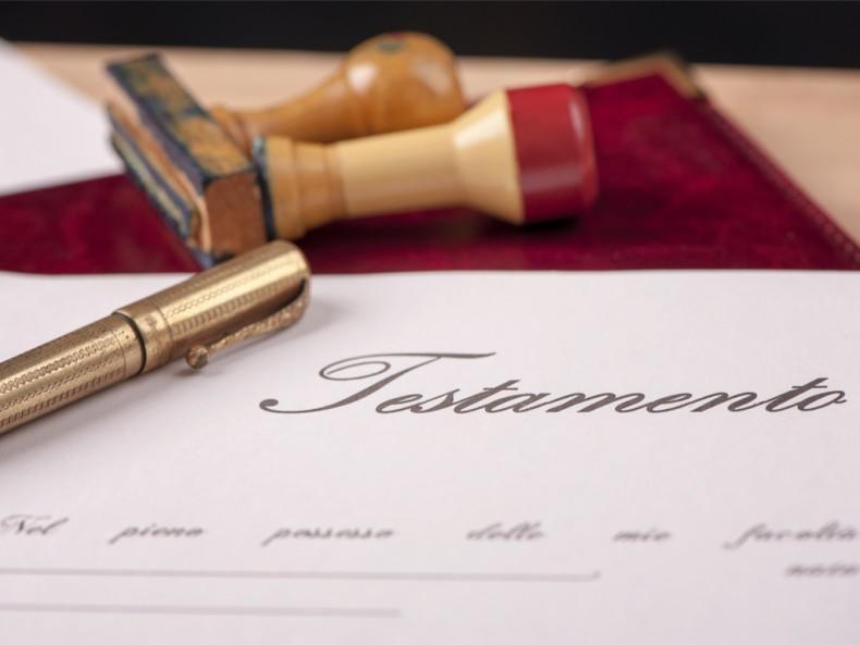 Herencias y Testamentos – Contáctanos! Abogados en Málaga y Nerja