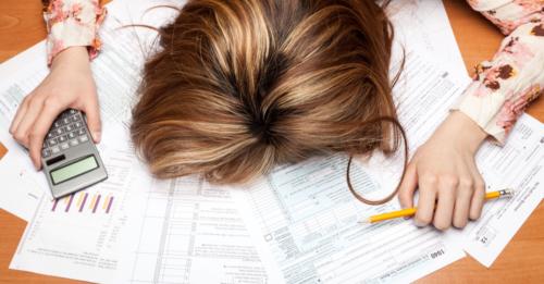 Preparar la declaración de la Renta 2017 por IRPF a Hacienda no tiene por qué ser una labor complicada, si deposita su confianza en profesionales como los del Despacho Pérez Parras Economistas & Abogados