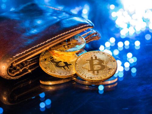 La Agencia Tributaria prepara un modelo para obligar a la declaración de criptomonedas, como el bitcoin y otras, en el extranjero, a través del Modelo 720.