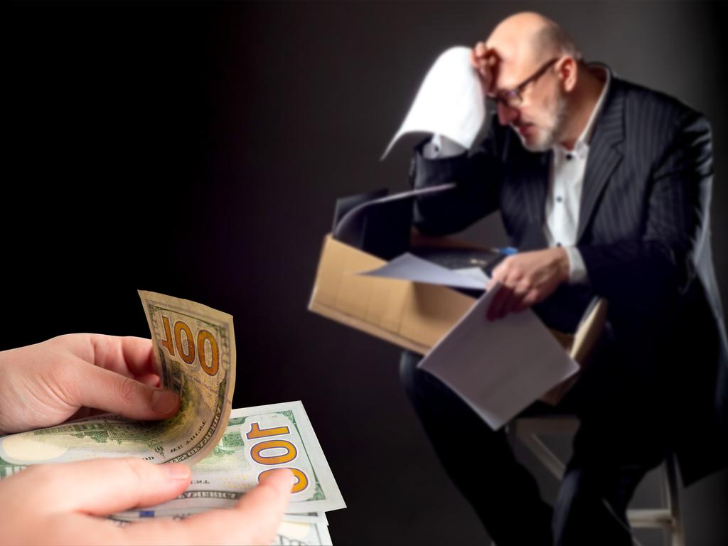 Las indemnizaciones de despidos improcedentes que no superen los 33 días de salario por año de servicio están exentas de tributación en la Declaración de la Renta (IRPF). Por lo tanto, habrá que prestar atención a la fecha de formalización del contrato.